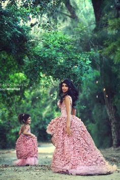 Mother and daughter, matching dresses