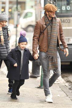David-Beckham-New-York-2017-02-11_L3VLbGE4ekJGLXdHY3RKVUZoUEdFcUZwREdwdz0vNngwOjYyOHg5MzMvNjQweDAvZmlsdGVyczp3YXRlcm1hcmsoMjBjZTk4NzktNjE5Ny00Mjg2LWJiZjgtMTcxODUzYmQzZGVlLDM5MCw3ODIsMTApLzk2ZmYzODVjLW