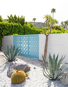 A Palm Springs Home Tour | The English Room