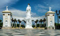 Monumento-a-la-Virgen-Maracaibo Venezuela