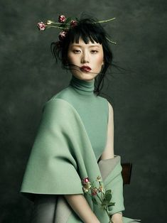 Harper's Bazaar Vietnam Editorial - Hye Seung Lee - Editorial Fashion Photography by Jingna Ahang photography Jingna Zhang Fashion, Fine Art & Beauty Photography – Fashion editorials and covers Beauty Photography, Photography Poses, Photography Flowers, Fine Art Photography, Foto Fashion, Asian Fashion, Trendy Fashion, Elle Fashion, Chinese Fashion