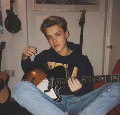So good I only need three strings. no but seriously does anyone have any spare bass strings. New Hope Club, A New Hope, Blake Richardson, Reece Bibby, Bae, Cameron Boyce, Hot Boys, Handsome Boys, Boyfriend Material