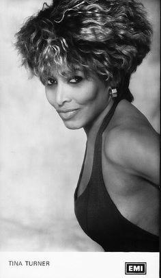 Tina Turner photo by Herb Ritts Soul Jazz, Beautiful Black Women, Amazing Women, Tina Turner Proud Mary, Tina Turner Albums, Rainha Do Rock, Divas, Female Rock Stars, Herb Ritts