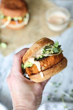 Paleo Cauliflower Sweet Potato Burger Recipe with Avocado, Sprouts, and Sriracha Aioli