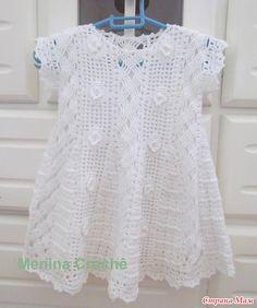 Tejer juntos un maravilloso vestido bebé por Giovana Dias