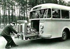 More than 85 years of DAF history - DAF Corporate Cool Trucks, Big Trucks, Classic Trucks, Classic Cars, Bus Camper, Bus Coach, Classic Motors, Busses, Vintage Trucks