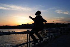 Photo: Δημήτρης Καρυδιάς| Ηλικία 21| Φοιτητής στο Τμήμα Τεχνολογίας Γραφικών Τεχνών, ΤΕΙ Αθήνας  Τίτλος Φωτογραφίας: «Μ' ακούτε;»