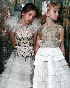 Beautiful Kira and Alexandra in ' I'm Still Madly In Love With You ' and 'I Am The Quee. Little Girl Dresses, Girls Dresses, Flower Girl Dresses, Western Girl Outfits, Kids Gown, Party Frocks, Luxury Girl, Kids Frocks, Baby Dress