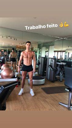 ISDB - 📷 photo story of (Cristiano Ronaldo), January 2019 Cristiano Ronaldo 7, Cristiano Ronaldo Wallpapers, Cr7 Ronaldo, Messi Cr7, Cr7 Juventus, Zinedine Zidane, Cr7 Junior, Fc Liverpool, James Rodriguez