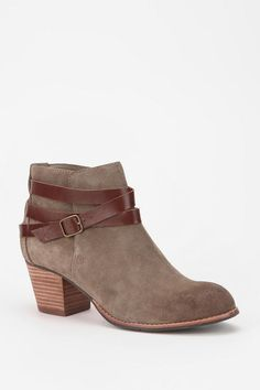 Urban Outfitters - Dolce Vita Java Ankle Boot