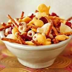 goldfish trail mix...great party snack