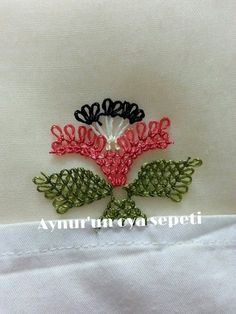 This Pin was discovered by Emi Point Lace, Needle Lace, Needlepoint, Tatting, Knots, Beaded Jewelry, Needlework, Diy And Crafts, Projects To Try