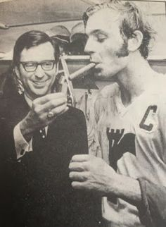 Quebec Remparts captain Guy Lafleur gets his celebratory cigar lit by Quebec Premier Robert Bourassa. The Remparts had just won the 1971 Memorial Cup. Montreal Canadiens, Mtl Canadiens, Quebec, Hockey Pictures, Old Montreal, La Rive, National Hockey League, Baseball, Ice Hockey