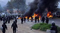 MEXICO: POLICIAS DECLARAN QUE DISPARARON A MAESTROS EN OAXACA   México: Policías declaran que dispararon a maestros en OaxacaDos meses después de los hechos ocurridos en Nochixtlán Oaxaca integrantes de la Policía Federal declararon que accionaron sus armas contra los manifestantes Los policías federales mexicanos sí dispararon el 19 de junio contra integrantes de la Coordinadora Nacional de Trabajadores de la Educación (CNTE) en el municipio de Asunción Nochixtlán según se desprende de…