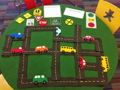 What is Bridget Reading?: Flannel Friday: 4th Anniversary Guest Post Palooza...Flannel Board Table by Grace. Play to learn.