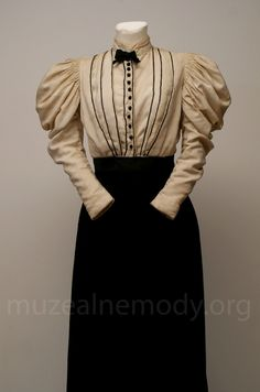 anon. (USA) Blouse, ca. 1895 cotton, metal buttons