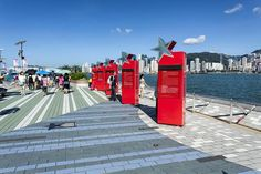 The 5 Best Places to View Hong Kong Harbor: The Avenue of Stars Promenade