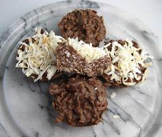 coconut clusters by Vanilla Sugar Blog, \  http://vanillakitchen.blogspot.com/2012/01/coconut-clusters.html