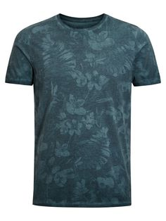 Floral slim fit tshirt, in blue teal, cotton blend for softness and breathability Long Sleeve Tee Shirts, T Shirt, Swim Top, Graphic Tees, Men's Fashion, Menswear, Jack Jones, Shirt Ideas, Mens Tops