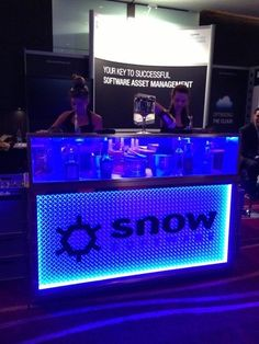 Liquid Nitrogen Ice Cream Bar - Food & Drink Stalls