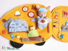 Pihe csibe és Puha nyuszi répaautója- játszókönyvecske, Baba-mama-gyerek, Játék, Készségfejlesztő játék, Plüssállat, rongyjáték, Meska