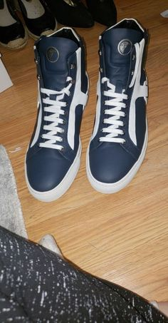 Reconditioned/Certified, Worn 3 times High tops  Come without original box (comes in it box was shipped to me in) Purchased from real real 100% authentic  $300 obo trades excepted Euro size 44 us 11. Make an offer!