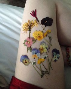 Cover yourself with flowers #templeofleaves