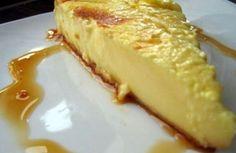 Am aflat secretul cremei de zahăr ars: uite cum să procedezi ca să-ți iasă rețeta din prima – Aveți nevoie de următoarele ingrediente: – 1 l lapte – 6 ouă – 4 linguri de zahar + 6 linguri pentru caramelizat – un plic zahar vanilat – o lingură de făină / amidon Cum se prepară? …
