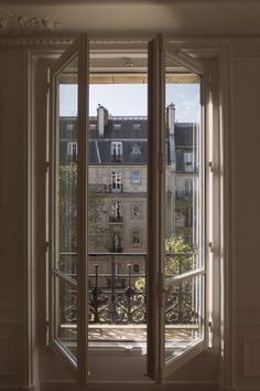 Image shared by Veronika. Find images and videos about paris, view and france on We Heart It - the app to get lost in what you love. French Apartment, Dream Apartment, Paris Apartment Interiors, City Aesthetic, Beige Aesthetic, Aesthetic Vintage, Arquitectura Wallpaper, Apartamento New York, Window View