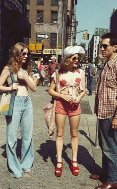 fashion - fashion The Effective Pictures We Offer You About vogue fashion A quality pictur - 70s Inspired Fashion, 60s And 70s Fashion, Vintage Fashion, 70s Hippie Fashion, Timeless Fashion, Outfits Winter, Summer Outfits, 70s Outfits, Cute Outfits
