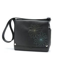 Someday I will have a Queen Bee Creations bag.