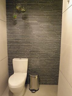 wall behind master toilet - accent Like the wall tile in this Eichler master bathroom remodel Bathroom Renos, Laundry In Bathroom, Small Bathroom, Bathroom Ideas, Zen Bathroom, Bathroom Black, Moraira, Downstairs Toilet, Modern Master Bathroom