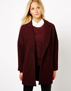 Love burgundy! Such a trendy colour. Shirt under jumper, jumper under boyfriend coat. Cute but edgy look.