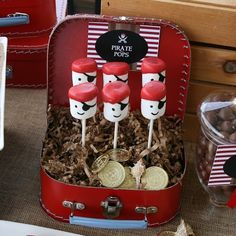 Looking for pirate party food ideas? Transform your little one's PIRATE PARTY with marshmallows & icing decorations. Other party food ideas: http://www.under5s.co.nz/shop/Hot+Topics/Activities/Birthday+Parties/Birthday+Party+Food+Ideas.html #kids #pirateparties #parties