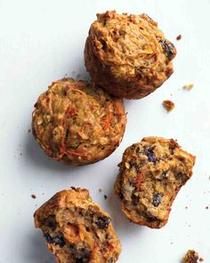 Morning Glory Muffins  1 1/4 cups all-purpose flour (spooned and leveled) 1/2 cup packed dark-brown sugar 1/2 teaspoon baking soda 1/2 teaspoon baking powder 1/2 teaspoon ground nutmeg 1/2 teaspoon coarse salt 1 cup old-fashioned rolled oats 1/2 cup raisins 3 tablespoons extra-virgin olive oil 1 large egg 1/3 cup skim milk 4 medium carrots, shredded 1 medium ripe banana, mashed