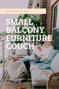 Best Small Balcony Furniture Inspiration – Decorating Ideas - Home Decor Ideas and Tips Small Balcony Furniture, Small Balcony Decor, Couch Furniture, Balcony Design, Small Patio, Small Couch, Small Laundry, Beach Condo, Home