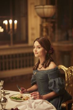 'At dinner that night there had just been the four of them. Lizzy noticed Darcy's eyes continually dwelling upon her.' This pic - Victoria itv- Jenna Coleman Victoria Pbs, Victoria Tv Show, Victoria 2016, Victoria Series, Reine Victoria, Victoria And Albert, Queen Victoria, Jenna Coleman, Prince Albert