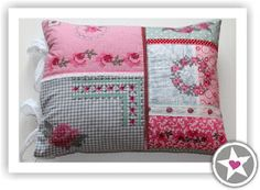 Anleitung Lieblingskissen, lovely cushion with machine embroidered designs.