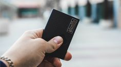 A minimalist wallet allowing you quick access to the essentials with just a swipe of the finger.
