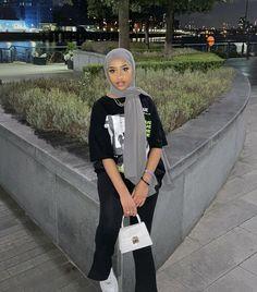 Modest Fashion Hijab, Modern Hijab Fashion, Street Hijab Fashion, Hijab Fashion Inspiration, Fashion Mode, Muslim Fashion, Mode Outfits, Fashion Outfits, Mode Turban