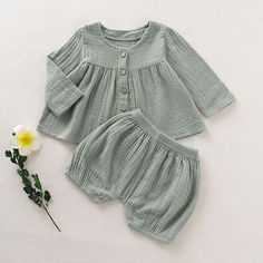 Comfy Baby Girl's Solid Ramie Cotton Peplum Romper Shorts Set - Ramie Cotton Bodysuit Infant Romper Jumpsuit for Baby - Baby Clothes Vintage Baby Clothes, Cute Baby Clothes, Neutral Baby Clothes, Modern Baby Clothes, Vintage Baby Boys, Baby Girl Fashion, Fashion Kids, Babies Fashion, Style Fashion