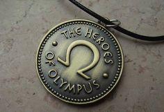 Collana Heroes of Olympus. Prezzo standard: 7 euro.