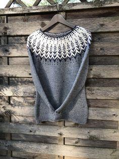 Fair Isle Knitting Patterns, Knit Patterns, Knitting Room, Norwegian Knitting, Knit Cardigan Pattern, Icelandic Sweaters, Sweater Fashion, Crochet Lace, Knitwear