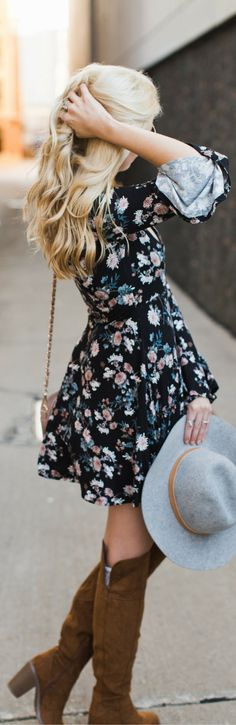 Dark florals are so hot right now