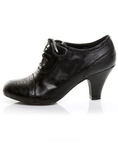 wild diva reva black lace up oxford heels