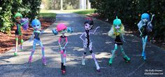 Monster High Roller Maze Dolls by The Dolly Dreamer / thedollydreamer High Roller, Monster High Custom, Ever After High, Monster High Dolls, Group Photos, Custom Dolls, Maze, The Dreamers, Toys