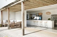 Another image of this amazing Avalon Beach House