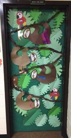 Jungle classroom door safari theme new ideas Jungle Classroom Door, Jungle Door, Rainforest Classroom, Rainforest Crafts, Rainforest Theme, Rainforest Animals, Jungle Bulletin Boards, Door Bulletin Boards, Classroom Board
