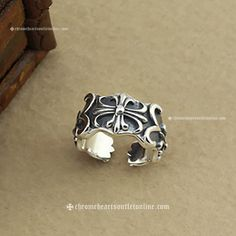 4168c1f9c786 925 Silver Chrome Hearts Signature Crosses Ringent Ring  Silver Signature  Cross Rings  -  175.00   Buy Chrome Hearts