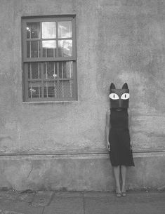 surreal and whimsical cat portrit photography , I would love to make one and just stand silently on a street and see everyones reactions Cat Mask eyes Cat Mask, Weird And Wonderful, Oeuvre D'art, Black And White Photography, Vintage Photos, Art Photography, Clothing Photography, Street Art, Creatures